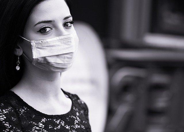 Ganancias pandemia Imagen de mohamed Hassan en Pixabay. Tomada el 17/03/21